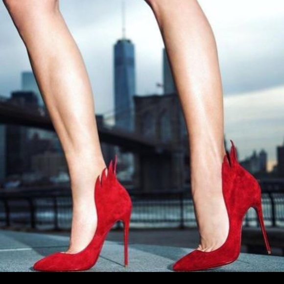 c547ea7aba7 🔥 Catching fire🔥 Louboutin red Victorina 100mm NWT